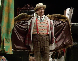 doctor-who-time-and-the-rani-costume-scene-new-sixth-doctor-sylvester-mccoy-300x234