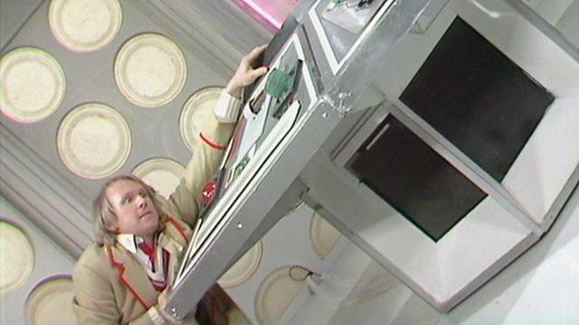 Earthshock Doctor TARDIS