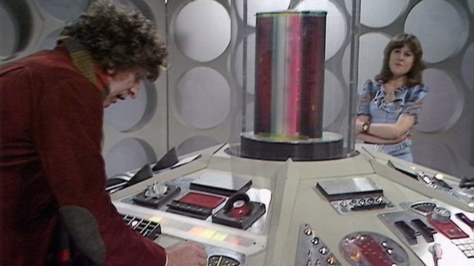 Planet of Evil - Doctor and Sarah, TARDIS